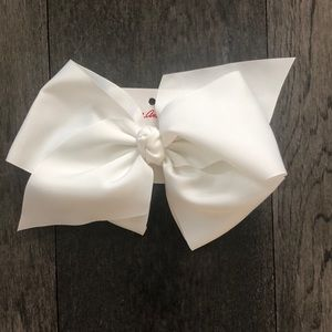 Hanna Andersson white Giant Ribbon Bow Clip